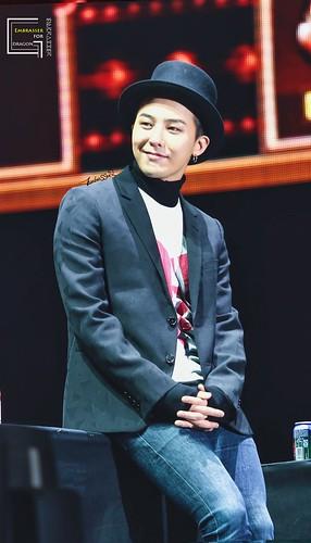 Big Bang - Made V.I.P Tour - Changsha - 26mar2016 - Embrasser_G - 02 (Custom)