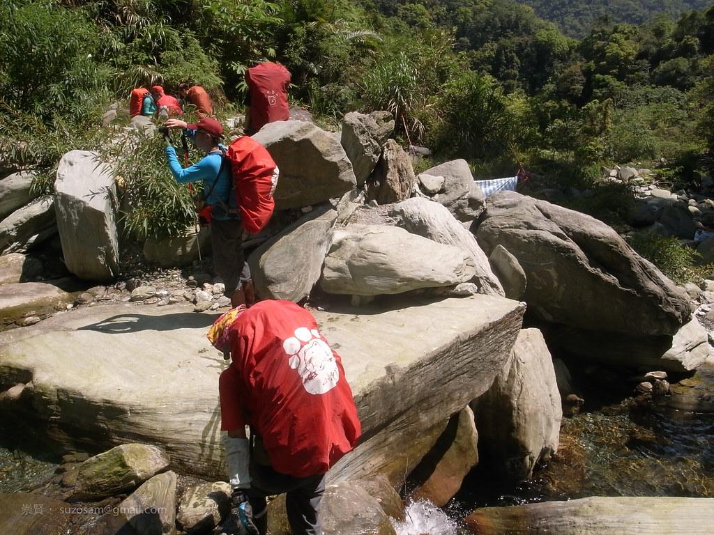 第二次過溪,天氣有點熱