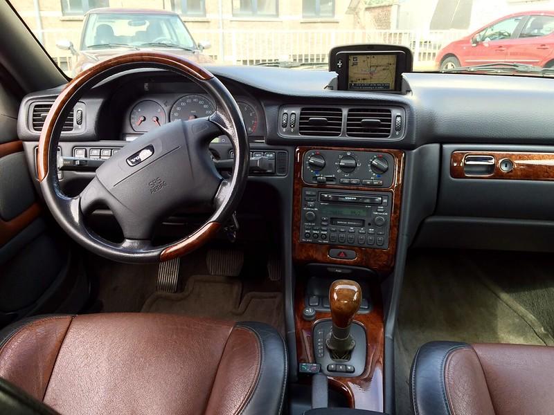 Rob0032: Toyota Crown 2600 Super Saloon Automatic (1979) + Hyundai ...
