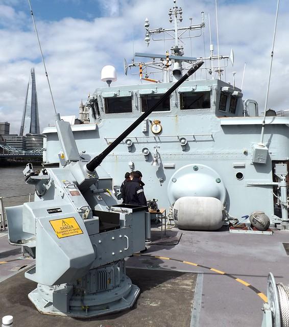 30mm cannon mount (4) on HMS Middleton 25-04-15
