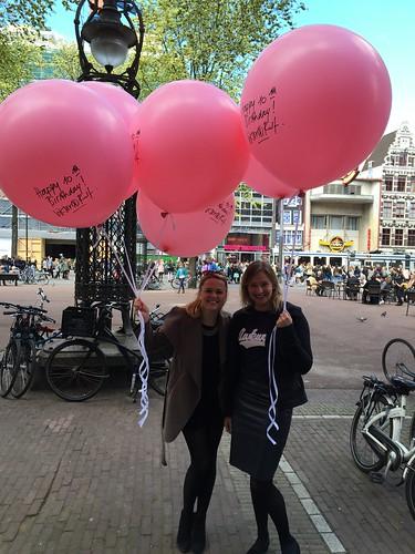 Heliumballonnen 90cm 10e verjaardag Victor & Rolf Bijenkorf Amsterdam