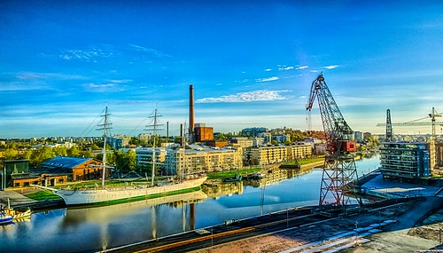 morning green primavera rio sunrise suomi finland river dawn spring stream turku fiume maja sunday may bluesky rivière cranes mai bourn aurora mayo fluss printemps hdr maggio springtime frühling maj vår bore aurajoki wiosna 春 åbo 5月 川 2015 joki rzeka весна kevät lumia река май suomenjoutsen auraå aamu 봄 auringonnousu toukokuu riveraura мая sunnuntai 강 turunsatama แม่น้ำ sarastus oldshipyard nosturit 할 พฤษภาคม portofturku vihreys 수있다 aamunkoitto ฤดูใบไม้ผลิ southwestfinland hdrefexpro2 lumia1020 1052015