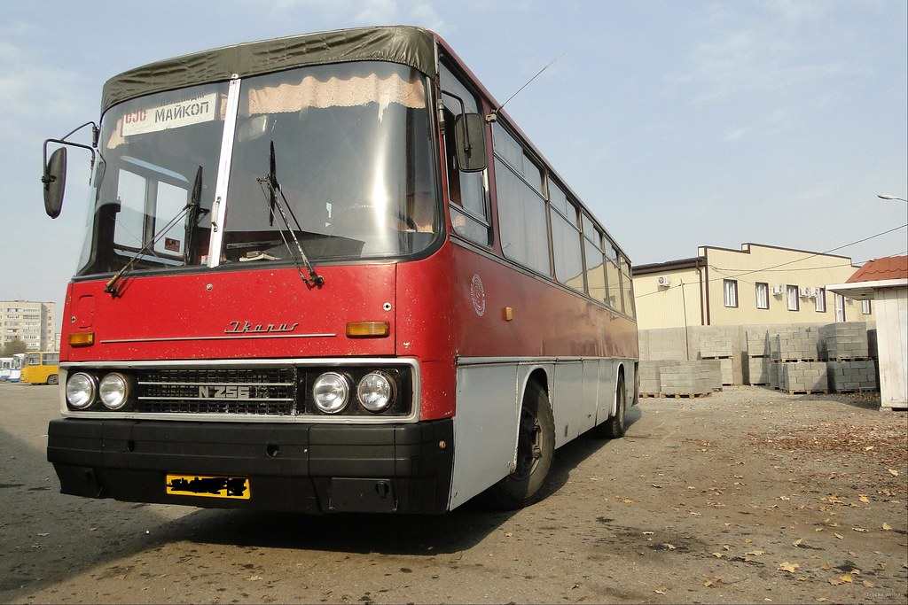 Икарус-256