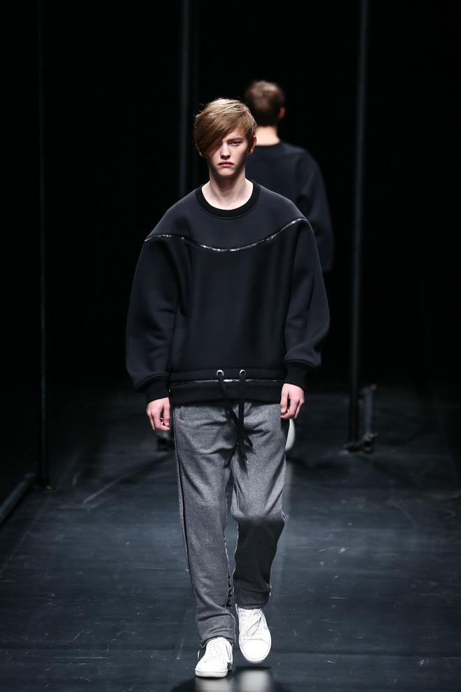 Robbie McKinnon3039_FW15 Tokyo A DEGREE FAHRENHEIT(fashionsnap.com)