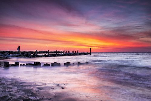 longexposure colors sunrise dawn surf maryland northbeach chesapeakebay singleshot singhrayfilters darylbensonrgnd