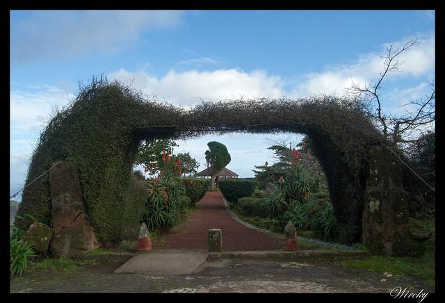Entrada al Mirador Ponta da Madrugada en Islas Azores