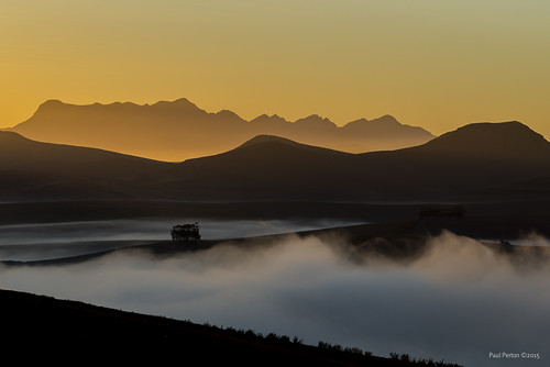 mist sunrise southafrica dawn za theewaterskloof westerncape overberg caledon