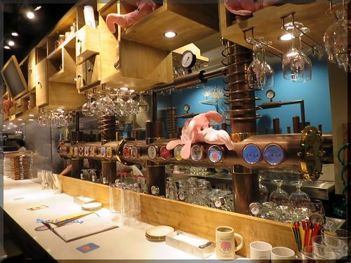 Photo:2015-05-04_T@ka.の食べ飲み歩きメモ(ブログ版)_三原小路でベルギービール!【銀座】デリリウムカフェギンザ_03 By:logtaka