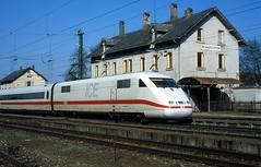 - DB  401 051  bis