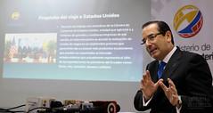 07/26/2016 - 09:03 - Guayaquil, 26 de julio del 2016 (Andes).-En rueda de prensa el Ministro de Comercio Exterior Juan Carlos Cassinelli informó los resultados obtenidos en su gira por Estados Unidos y Asia donde promocionó las inversiones y oferta exportable de Ecuador. Foto:Andes/César Muñoz