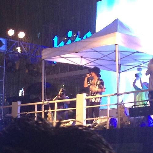G-Dragon_at_HITE-SummerDJFestival-Busan-20140802 (4)
