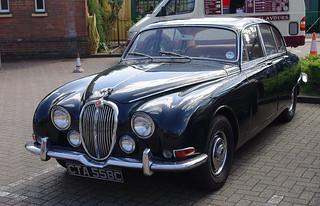 D12426.  Jaguar 3.4S at Arlesford.