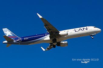 LAN A321 CC-BEB (RD)