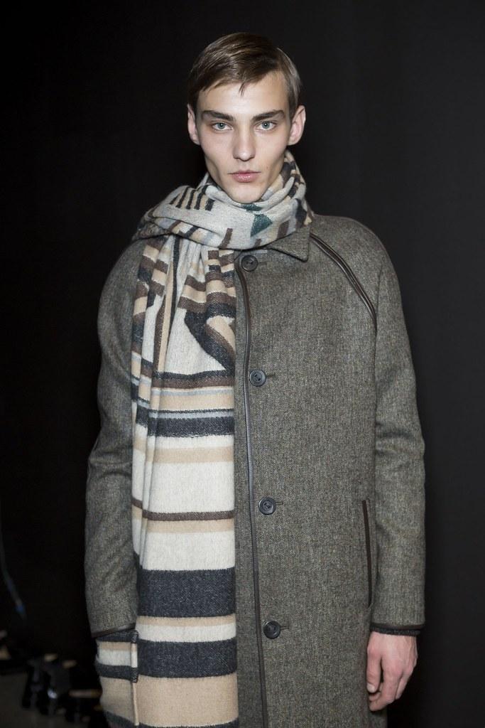 FW15 Milan Fendi231_Max Esken(fashionising.com)