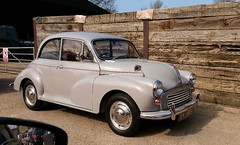 automobile, vehicle, mid-size car, morris minor, antique car, classic car, vintage car, land vehicle, motor vehicle, classic,