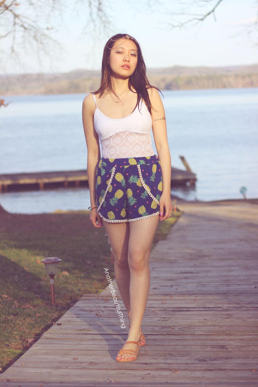 Pineapple print shorts with mini tassels
