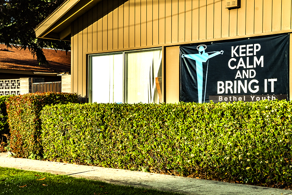 KEEP-CALM-AND-BRING-IT--Cupertino