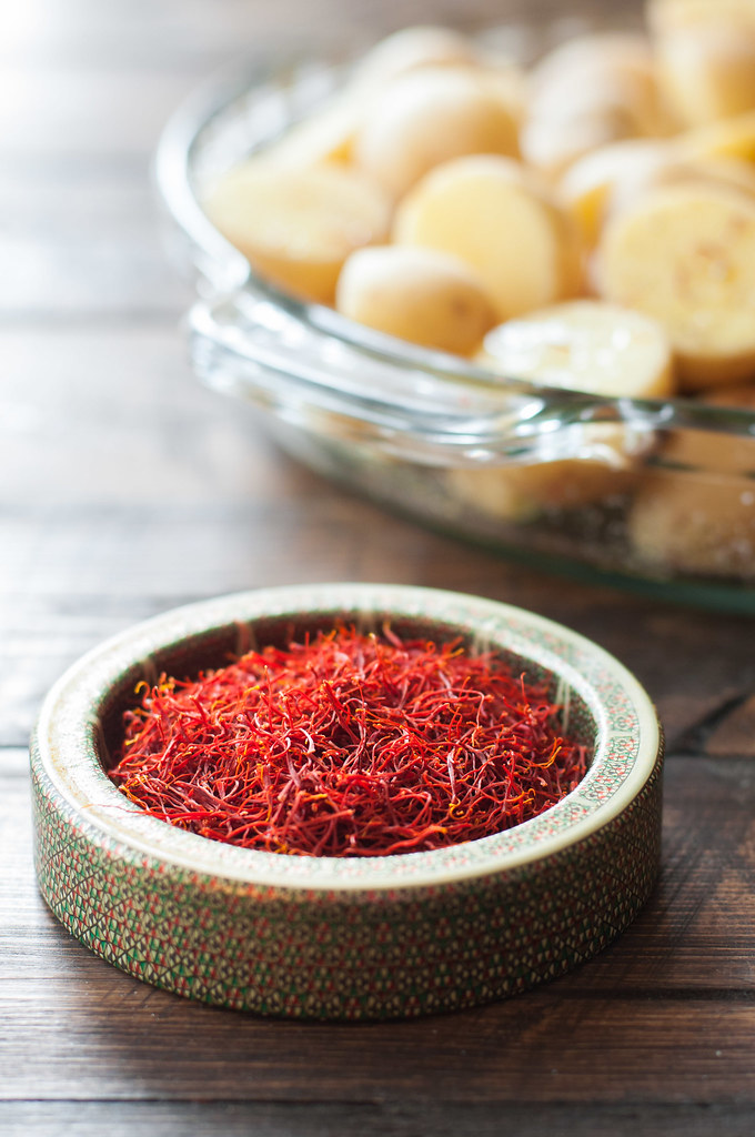 Saffron threads for hearty vegan Spanish potatoes