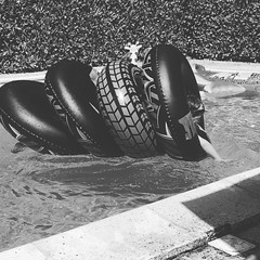 It's a ring donut beast, long lost cousin of Nessie #holibobs #sudouest #france #diueulivol #aquitaine #igersfrance #igerslondon #bnw #bnw_society #bnw_captures #bnw_planet #bnw_france #blacknwhite #blacknwhite_perfection #mono #pool #inflatables #donut #