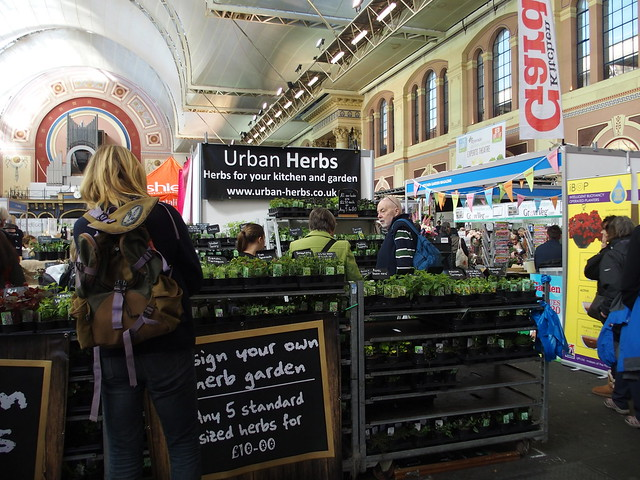Urban Herbs stand - a wealth of garden ideas on display