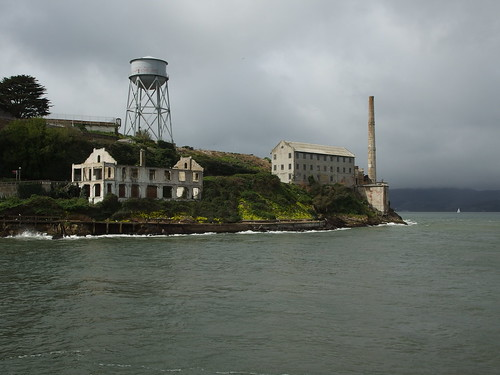 Boat Ride To Golden Gate Bridge And Alcatraz Island