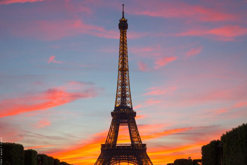 La Tour Eiffel, Summer Solstice