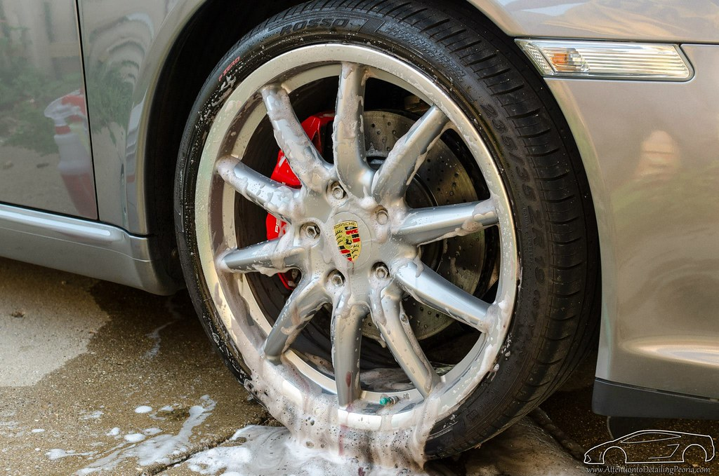 ATD | Wheel & Tire Cleaning