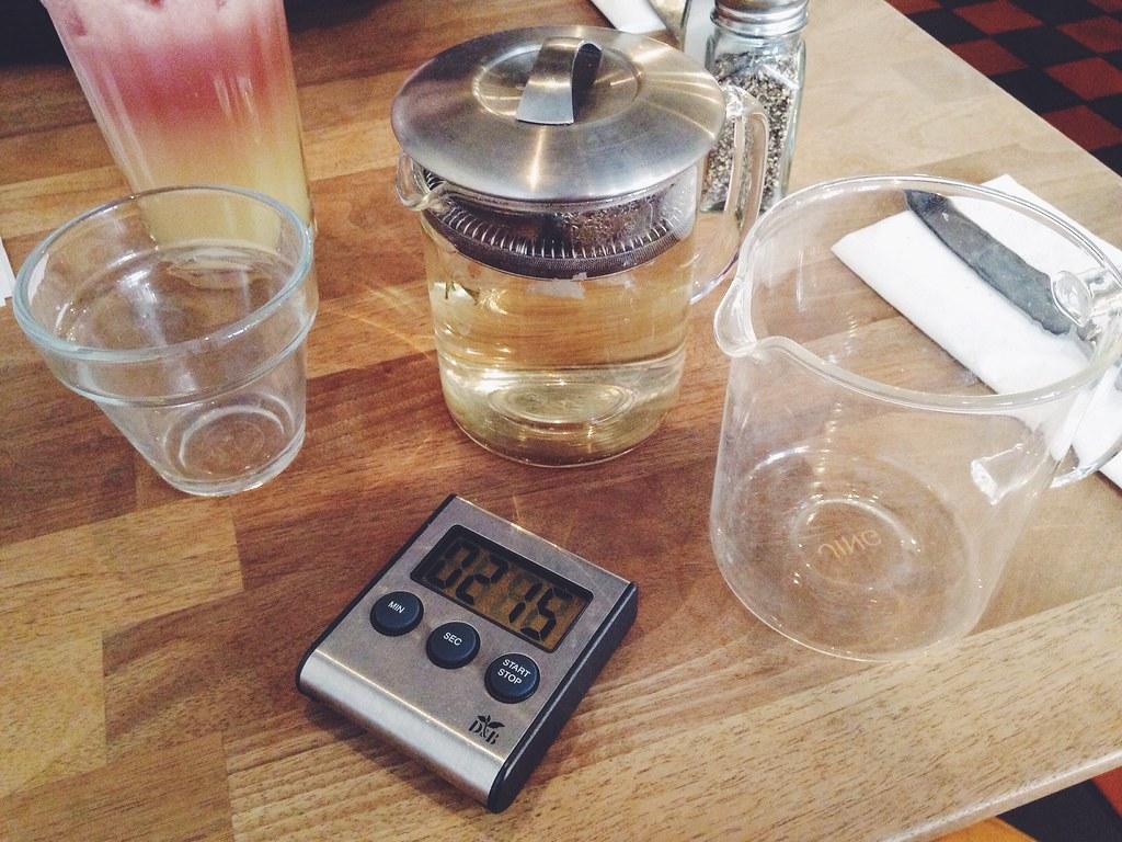 teacup kitchen Manchester rose tea and timer