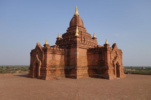 la terrasse de la pagode Pyathada