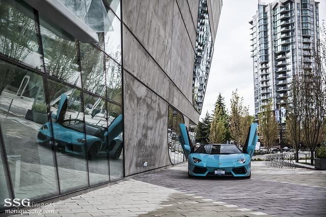 Turquoise Aventador
