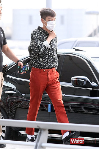 BIGBANG Incheon Airport to Shanghai Press 2015-06-19 031