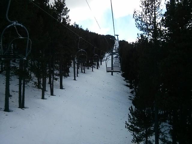 telesilla vallnord la massana andorra snowboard