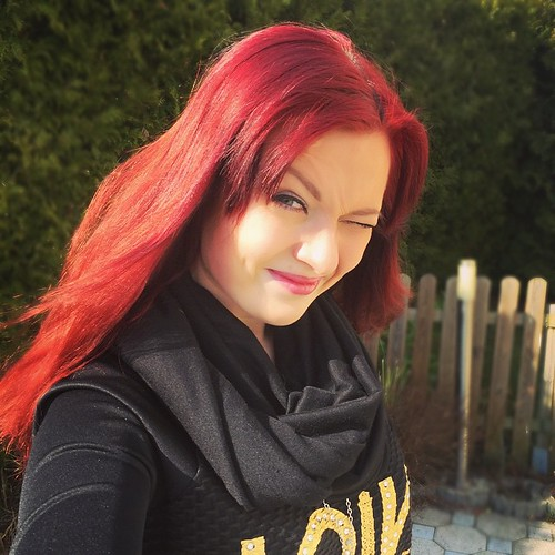 Keep your face to the sunshine and you cannot see a shadow.  ~~ Helen Keller ~~   #russiangirl #russianbeauty #redhair #bmwgirl #sunny #sunnyday #goodwether #amazingday #love #me #photooftheday #instamood #cute #picoftheday #beautiful #fashion #pretty #sm