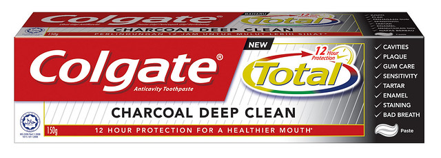 colgate-total-charcoal-deep-clean-nuffnang-cpuv
