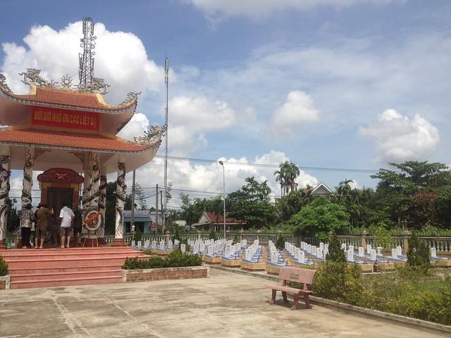 Trip to Quang Tri (33)