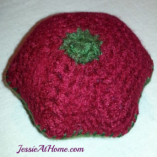 Felted-Floral-Pin-Cushion-Stuffed