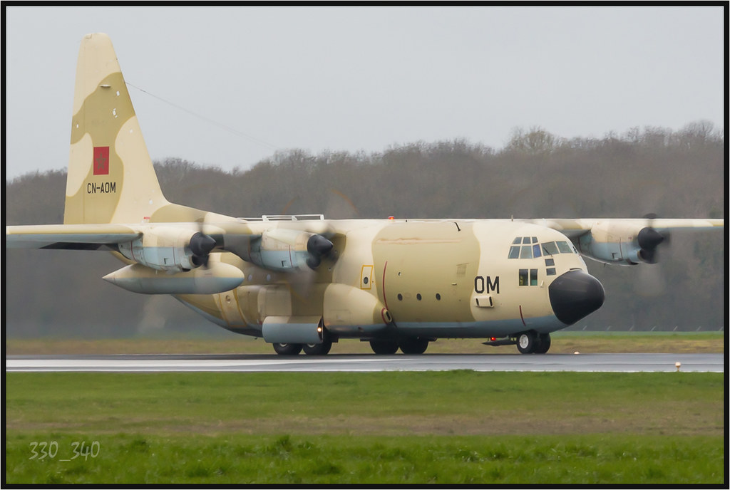 FRA: Photos d'avions de transport - Page 22 17008342252_5fd609f8aa_b
