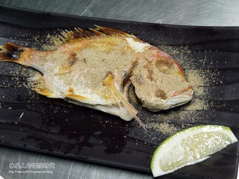 17182584249 49b2a0dff9 b - 熱血採訪。台中龍井【第一青海鮮燒物】鮮蚵、風螺、蛤蜊、龍蝦、大沙母一次滿足,
