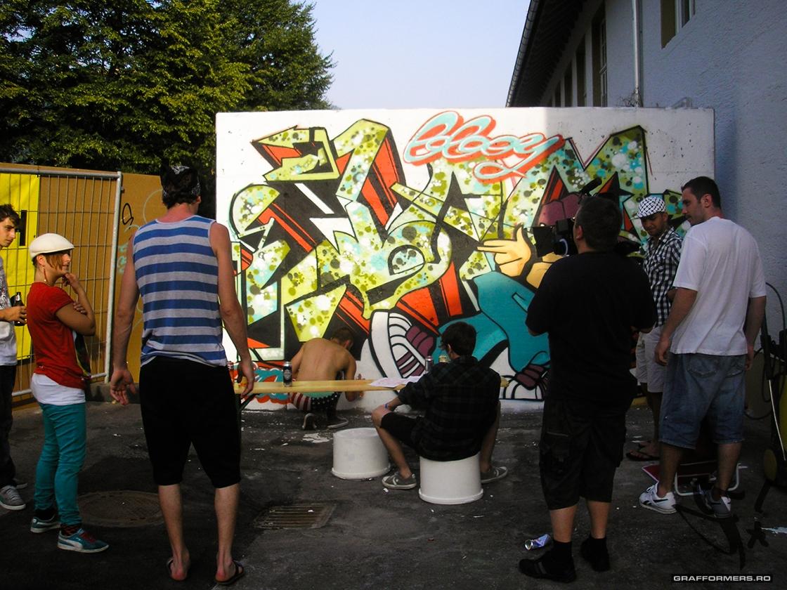 12-20120629-original_bboy_jam_5-dornbirn-austria-grafformers_ro