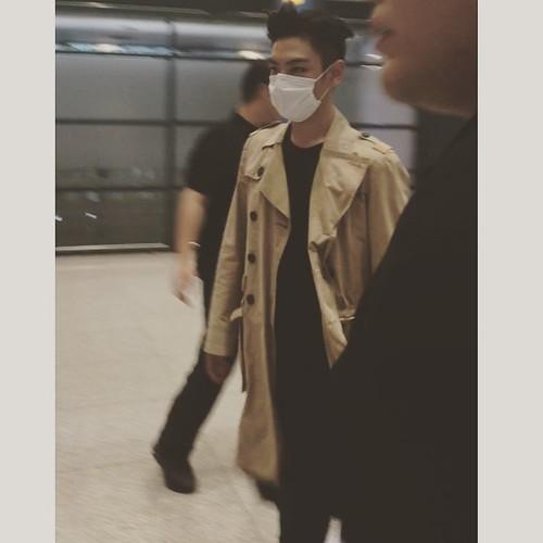 BIGBANG Arrival Seoul ICN 2015-07-13 by PENGYONGSHI 004