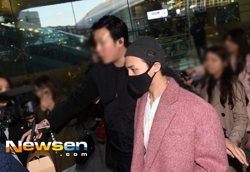 Big Bang - Incheon Airport - 22mar2015 - G-Dragon - Newsen - 05