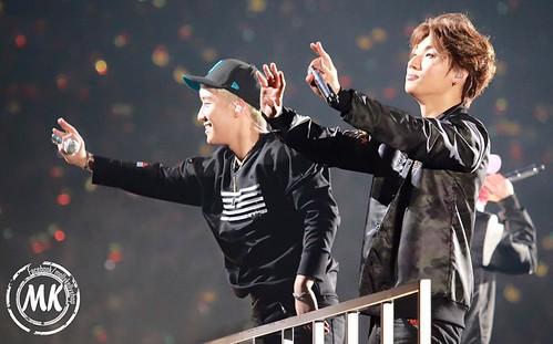 Big Bang - Made Tour - Tokyo - 24feb2016 - Molly & Kelly's Shop - 01