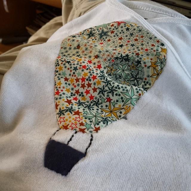 Pyjama de naissance - appliqué montgolfière