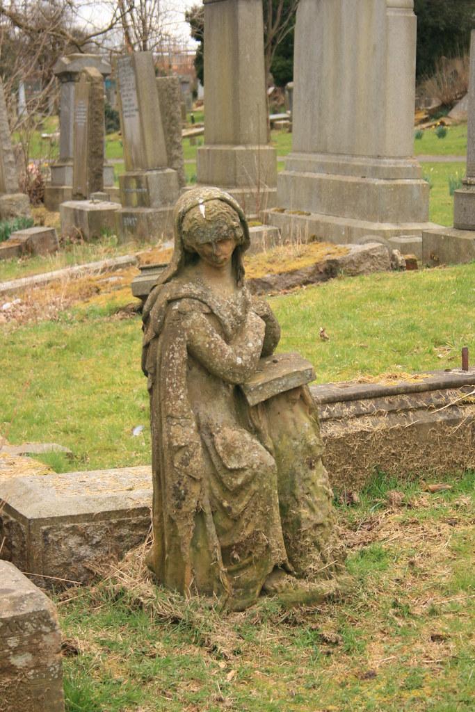 Craigton Cemetery (30)