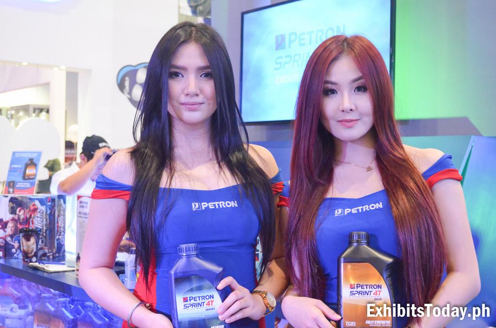 Petron Sprint 4T Models (Dale Go Meris and Mayumi Yokohama)