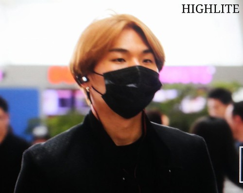 Big Bang - Incheon Airport - 29may2015 - Dae Sung - High Lite - 06