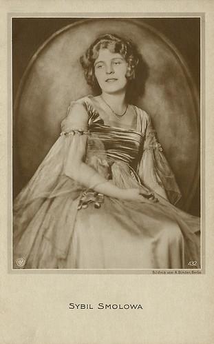 Sybil Smolova