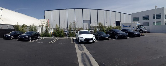 Panoramic of using the CAN SR at @TeslaMotors Hawthorne Design Center. Charging a Roadster off Model S HPWC