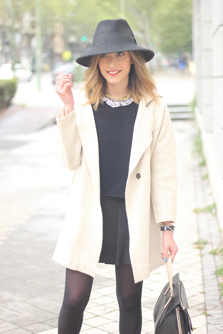 Beige Jacket Choies Black Skirt Suiteblanco Black Hat Uterqüe13