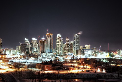 winter cold calgary skyline night freeze 29c